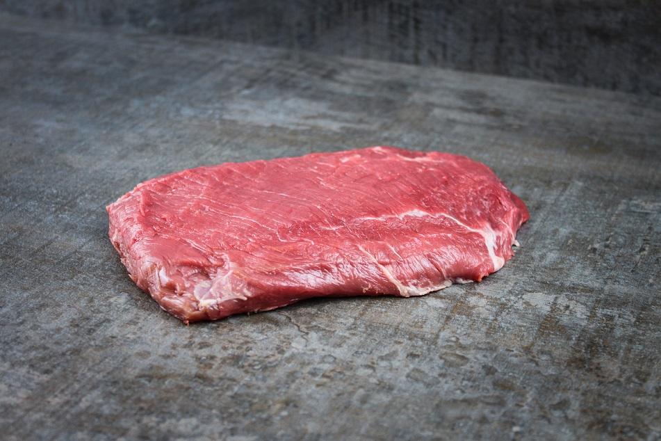Dry Aged Flank Steak deutsches Rind True Wilderness
